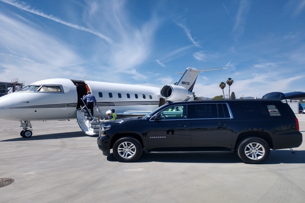 What Do You Know About Airport Limousine Services At Los Angeles?